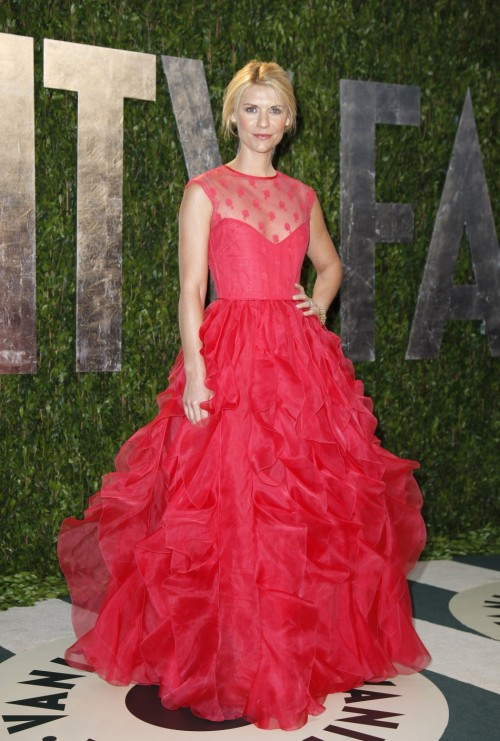 Oscars Red Carpet 2012 for Best Dressed and Biggest Trends claire danes 500x741 Oscars Red Carpet 2012 for Best Dressed and Biggest Trends