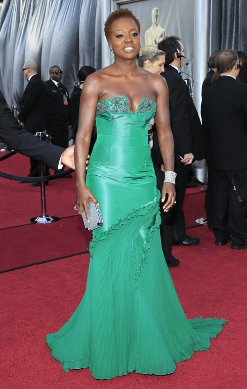 Oscars Red Carpet 2012 for Best Dressed and Biggest Trends green 500x788 Oscars Red Carpet 2012 for Best Dressed and Biggest Trends