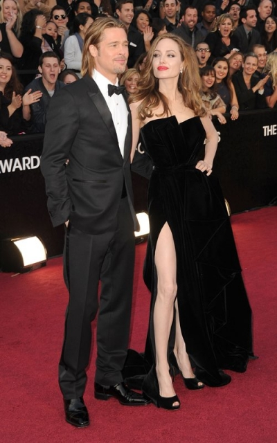 Brad Pitt and Angelina Jolie at the Oscars Red Carpet 2012
