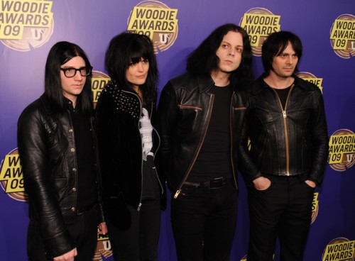 Jack White Fashion Style in Fashion Awards view 500x368 Jack White Fashion Style in Fashion Awards