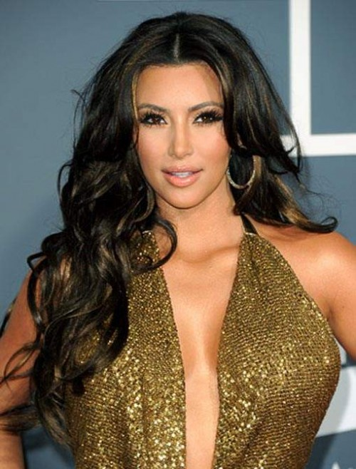 Kim Kardashian Long Hairstyle for 2012 Bombshell Blowout 500x658 Kim Kardashian Long Hairstyle for 2012
