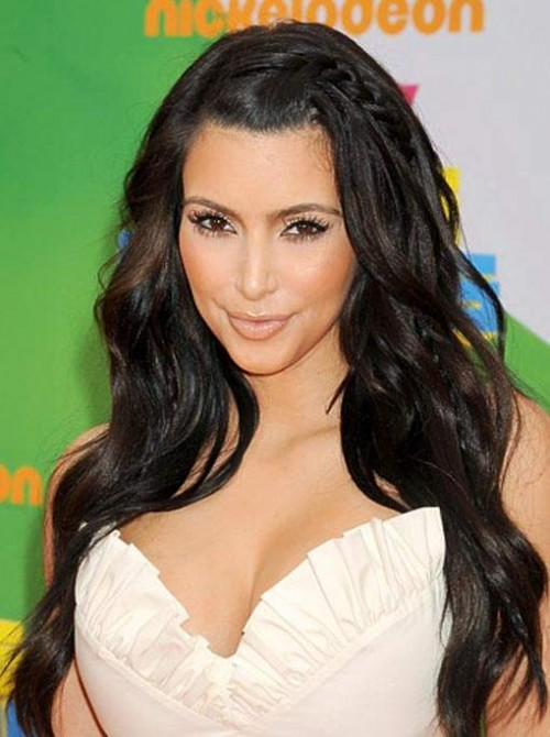 Kim Kardashian Long Hairstyle for 2012 Mini Side Braid 500x670 Kim Kardashian Long Hairstyle for 2012