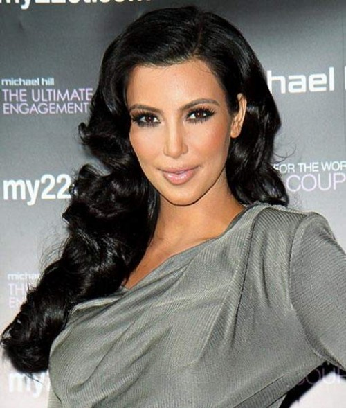 Kim Kardashian Long Hairstyle for 2012 Retro Glam 500x589 Kim Kardashian Long Hairstyle for 2012