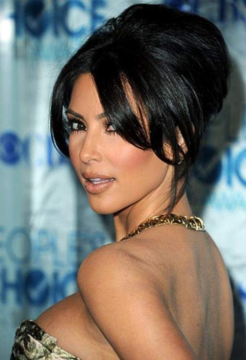 Kim Kardashian Long Hairstyle for 2012 benchy 500x731 Kim Kardashian Long Hairstyle for 2012