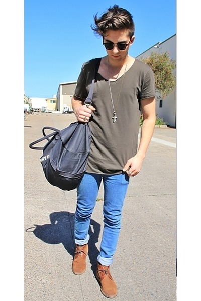men skinny jeans with boots Men Skinny Jeans with Daring Colors