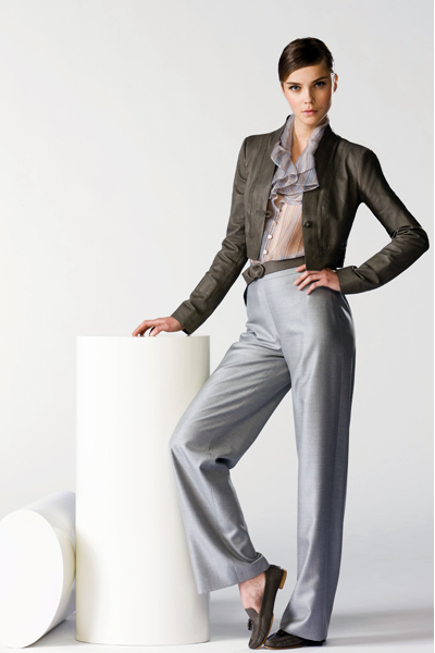 Free shipping, 2011 Hot Sale classic style lady suit, fashion silm suit,lady blazer,women coat/clothes/FS-002