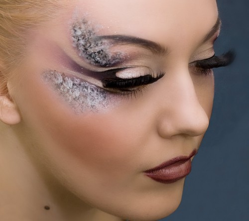 2012 make Up Trends ideas 500x444 2012 make Up Trends for summer and fall