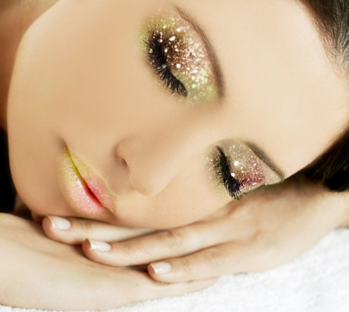 2012 make Up Trends styke for beuty 500x447 2012 make Up Trends for summer and fall
