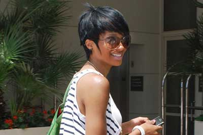 Black Women Wearing Costume Jewelry 2012 Black Women Wearing Costume Jewelry: Celebs Fashion Style