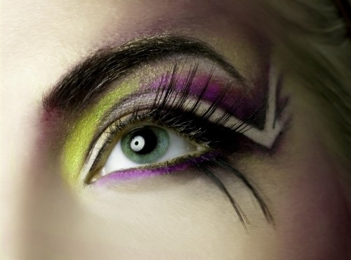 Cool Eyeshadow Designs 2012 500x370 Cool Eyeshadow Designs for You
