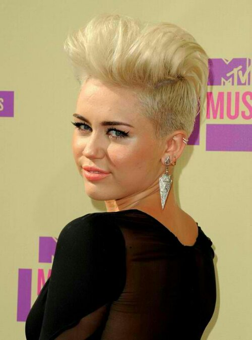 New Miley Cyrus new haircut 2012 Miley Cyrus New Haircut 2012: Inspiration for You