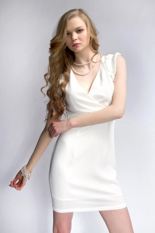 White Suit Neck Designs for Girls 2012 500x750 Suit Neck Designs for Girls 2012 Trends