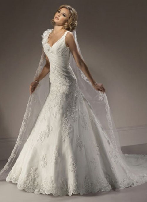 Lace Bridal Gowns Straps Lace Bridal Gowns: Pretty on Important Day