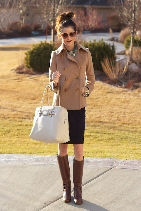 Brown Riding Boots Fashion with White Bag Riding Boots Fashion Trends 2013