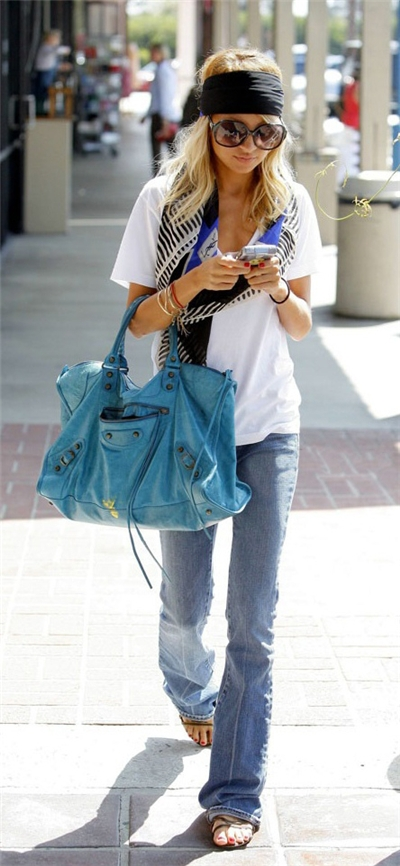 Casual Nicole Richie Fashion Style Nicole Richie Fashion Style Attractive Look