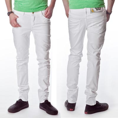 White Skinny for Men with Green Shirt White Skinny for Men is Not a Bad Idea